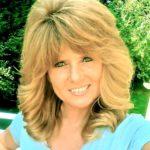 Headshot of Shelli Hardie